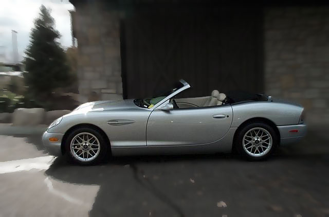 Panoz FrontPage - Cool cars made in 2001